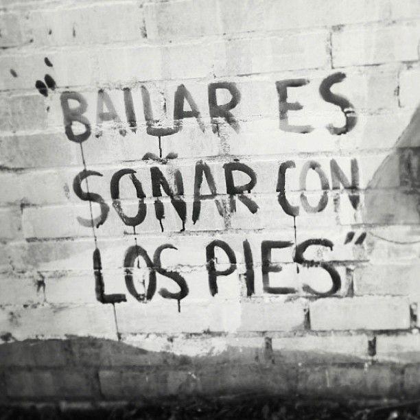 Bailar es soñar con los pies - Joaquín Sabina