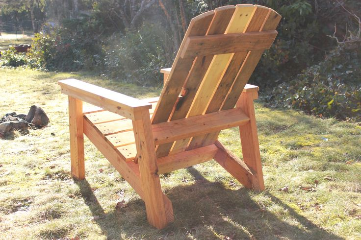 Ana white adirondack chair from pallets diy projects