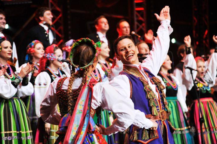 Gooral & Zespół Pieśni i Tańca Mazowsze - W moim ogrodecku / Woodstock 2013