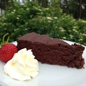 Cake By Mary: Härlig chokladkaka utan mjöl och socker