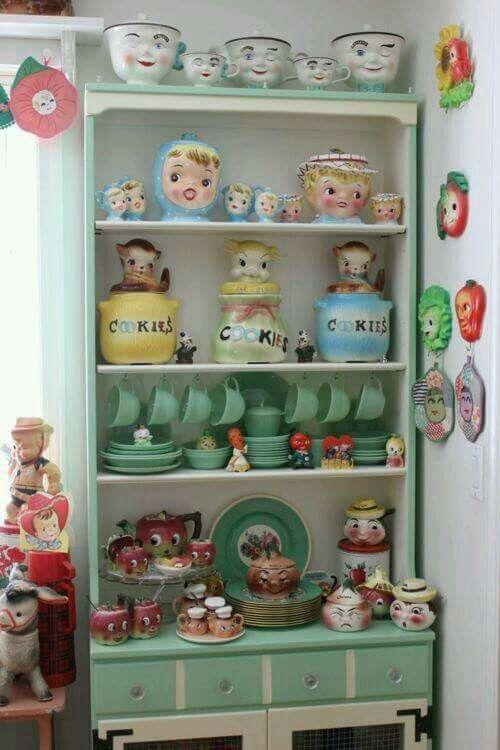 kitchen kitsch. vintage cookjar kitchen collectible display - www.rubylane.com @rubylanecom