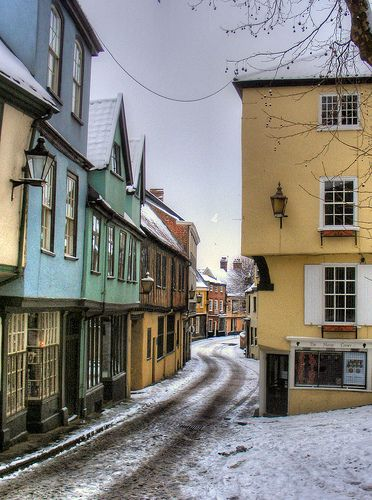 Snowy Elm Hill - Norwich, England, UK