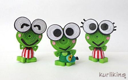 Keroppi and his family made from paper using 3D Quilling techniques