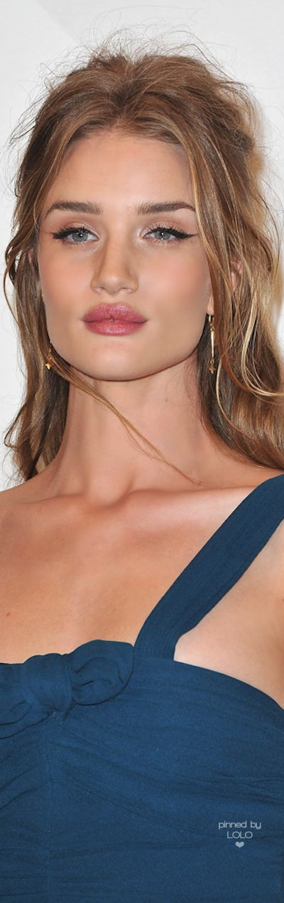 Rosie Huntington Whiteley | LOLO❤︎