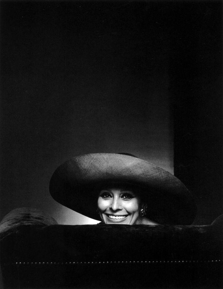 Sophia Loren Yousuf Karsh (1908-2002)