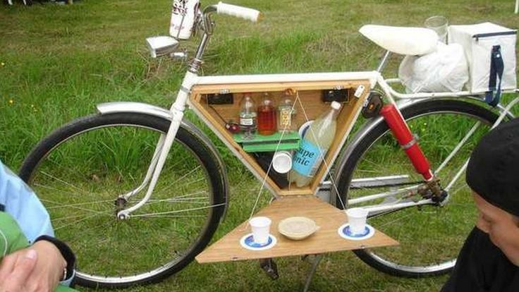 This nifty accessory turns your bike into a minibar