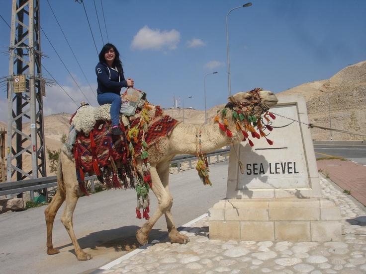 Lisseth Rodríguez se paseo en un camello.