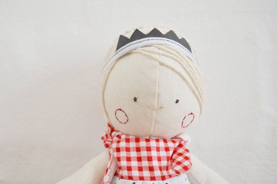 Floppie Darling with removable crown and reversible play suit. Handmade stuffed doll for sale on Etsy || by Vir Lief