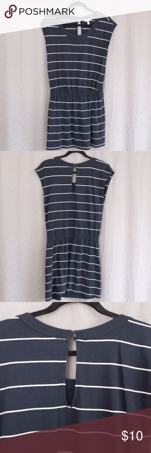 Banana Republic Striped Navy Blue Dress M Petite Striped navy blue dress with white stripes, cinched elastic waist, slit in back with button Banana Republic Dresses