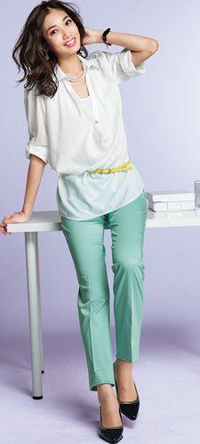 ゆるっと着れるスキッパーシャツ。カラーベルトでメリハリをつけてオフィススタイルにも☆30代アラサー女性のスキッパーシャツのコーデ♡