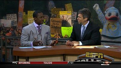 """PickSix: """"College Gameday"""" sign of the week"""