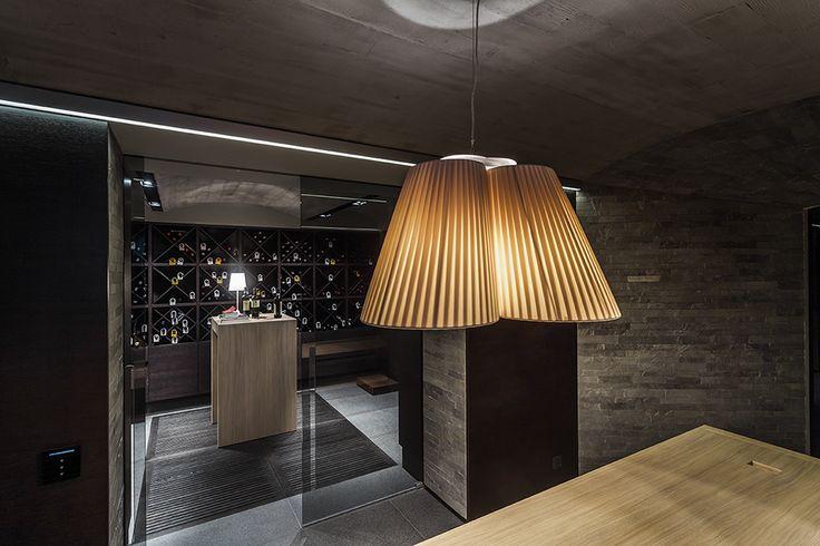 Oświetlenie piwniczki z winem - Zakopane- proj.Bartek Wlodarczyk - zobacz na…