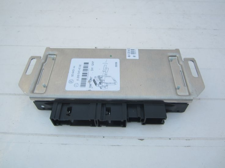 07 08 MERCEDES SL550 R230 ESP+PML ELECTRONIC STABILITY TRACTION CONTROL UNIT. please check the part number and needs programming.