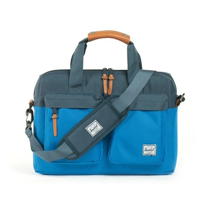 Totem messenger bag by Herschel Supply