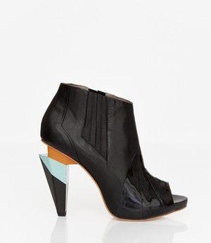 Elnaturalista Shoe Store