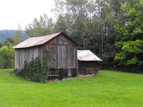 Old barn in Eastern Townships