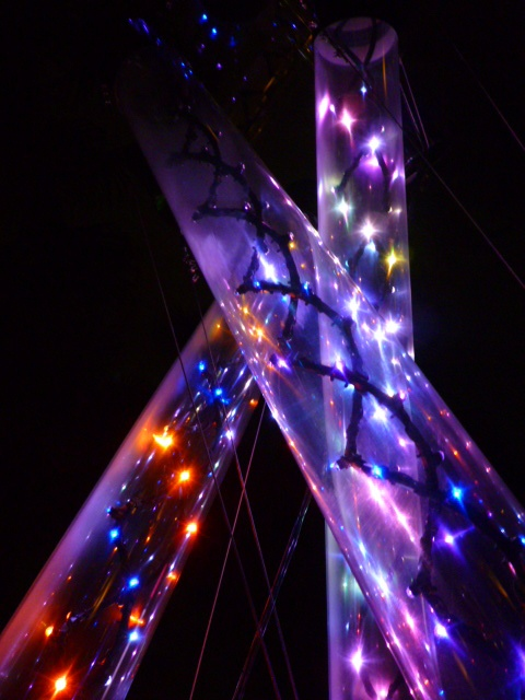 Towers of lights in #Sydney #VividSydney #Australia Too pretty! http://ow.ly/VYex