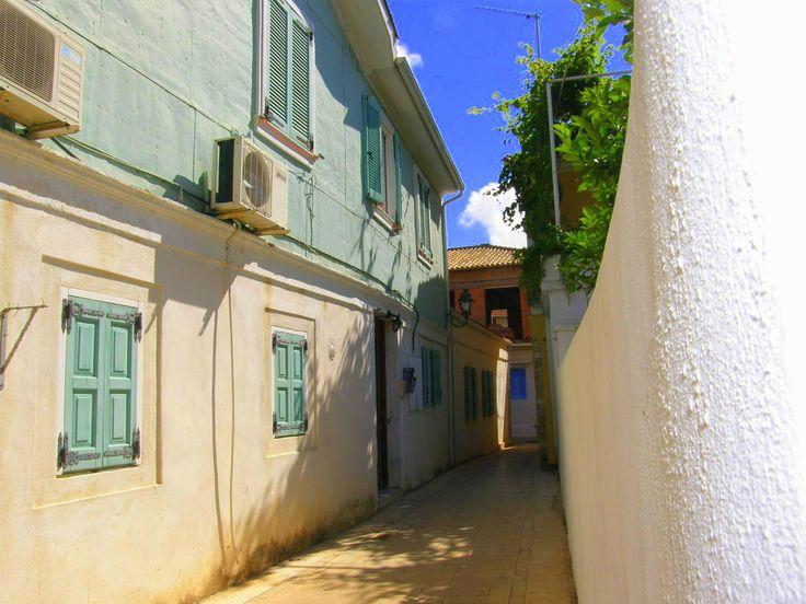 Lefkada, Mavromati Street
