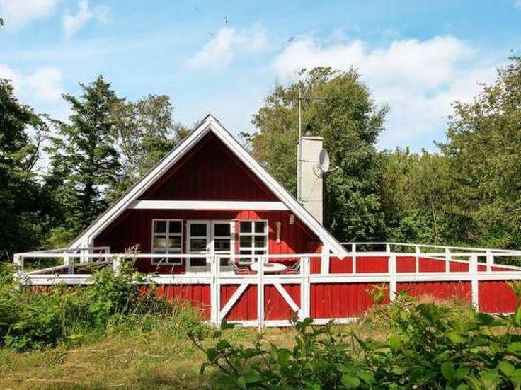 Ferienhaus (Villa) Søndervig/Lodbjerg Hede für 5 Personen  Details zur #Unterkunft unter https://www.fewoanzeigen24.com/daenemark/danmark/6950-ringkoebing/Villa-mieten/42645:592650258:0:mr2.html  #Holiday #Fewoportal #Urlaub #Reisen #Ringköbing #Ferienhaus #Villa #Dänemark