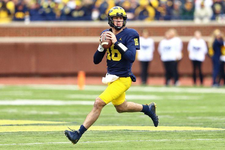 Michigan quarterback Brandon Peters (18)