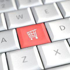 Un décret qui tue dans l'oeuf l'essor de la vente de médicaments en ligne? (France)