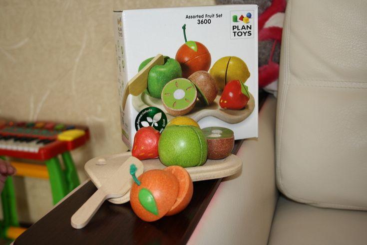 Деревянные фрукты от Plan Toys