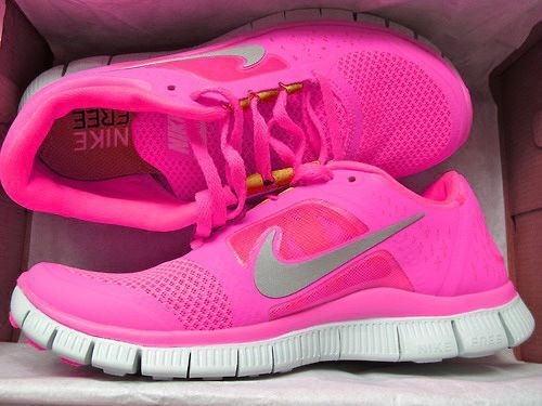 neon pink nike running shoes