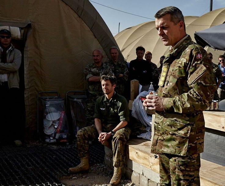 Crown Prince Frederik visiting Danish soldiers at Camp Bastion in Afghanistan, 4 December 2013.