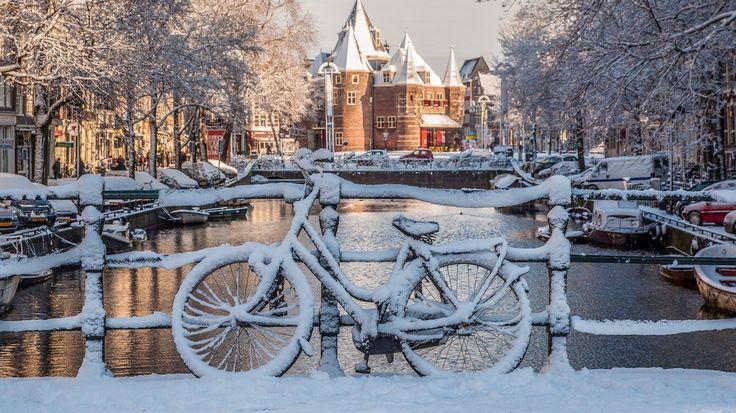 amsterdam light festival rotterdam delft hague marken volendam naarden christmas new year 2016 2017
