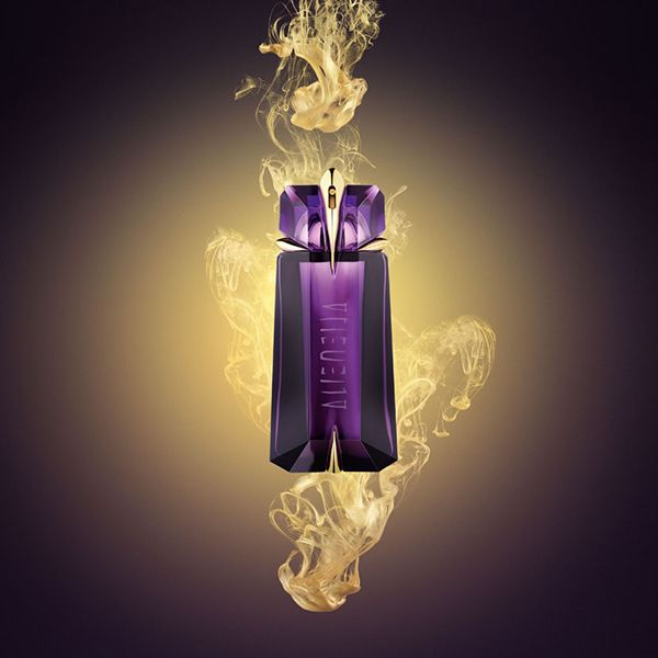 25 beautiful alien perfume ideas on pinterest thierry. Black Bedroom Furniture Sets. Home Design Ideas