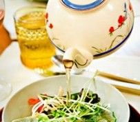 Laurie David's Vietnamese Soup in a Teapot | Recipes by Amy Tobin