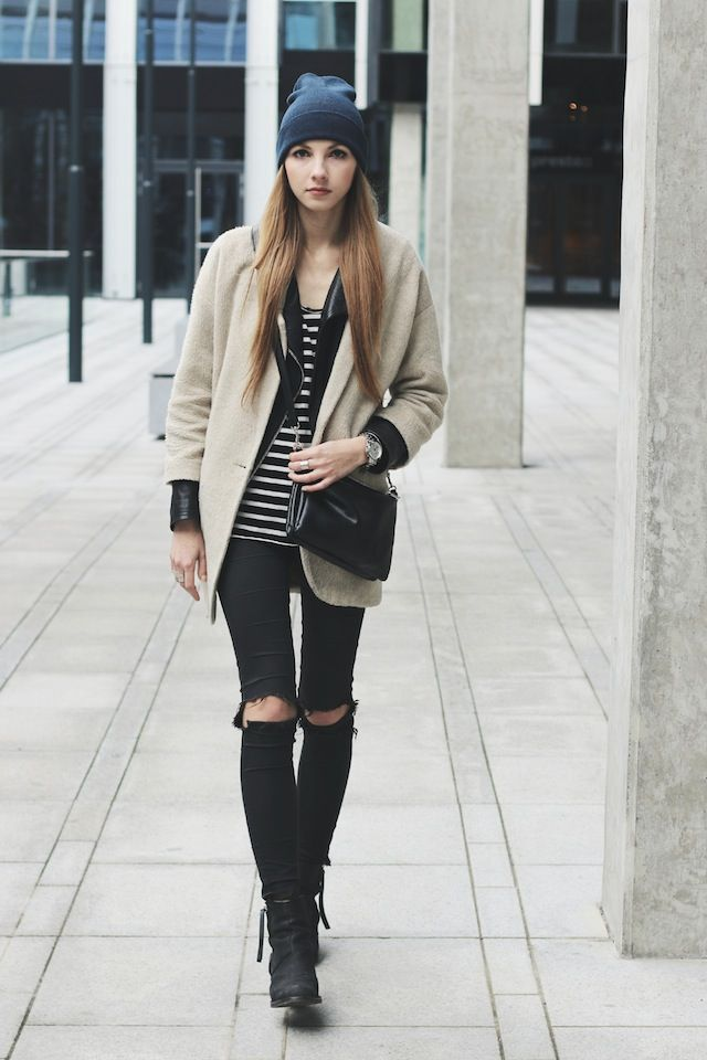 Knee cut jeans outfit - Cu0103utare Google | Style^^ | Pinterest | Cara delevingne Georgia and Stripes