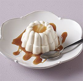 buttermilk+panna+cotta+with+honey+caramel+sauce