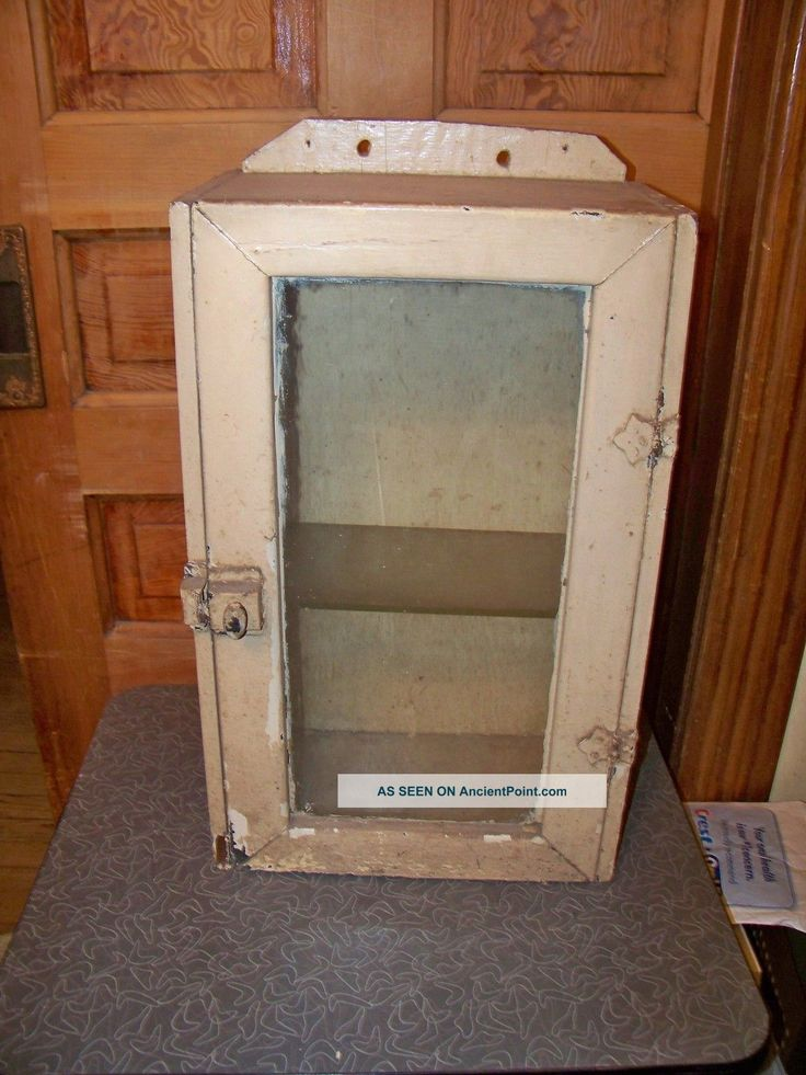 primitive bathroom wall cabinets 1000 images about antique hanging cupboard on 20067