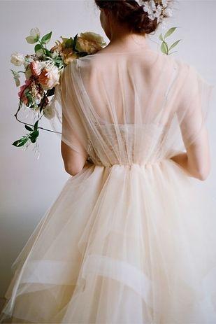 神秘的でセクシー♡白いオーガンジーの花嫁衣装・ウェディングのまとめ一覧♡