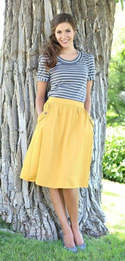 I have a mustard yellow maxi skirt this top is a great idea for what to wear with it