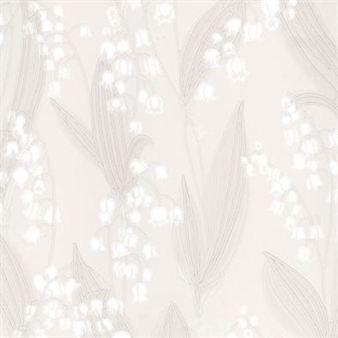 Liljekonvalj ist eine Tapete von Sandbergs aus Schweden, und hat liebliche Maiglöckchen (schwedisch: Liljekonvalj) als Motiv. Sandberg wirbt damit, langsamer als die Konkurrenz zu produzieren. Das hat auch einen guten Grund, auch heute noch werden Tapeten in Schweden produziert, und z.B. die Tapetenkanten handbemalt und jede Rolle manuell kontrolliert. Damit kann höchste Qualität garantiert werden und Massenproduktion bleibt ein Fremdwort.