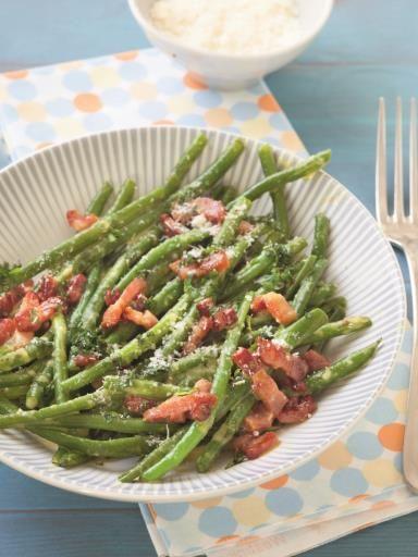 poivre, parmesan râpé, haricot vert, oeuf, crême fraîche, beurre, ail, sel…