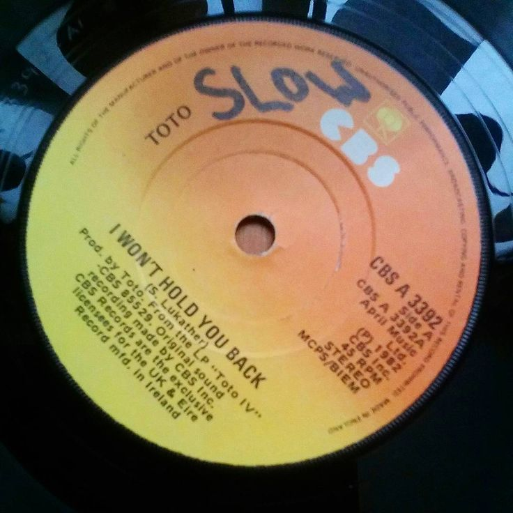 .. slow-set favourite coming to my locality next summer I believe. ...Hold the line for more info! #toto #nowspinning #music #vinyllife #recordcollector #records #totoiv #eighties #1982 #45rpm #vinylcollector #single #vinyligclub #vinylcommunity #vinyljunkie #vinyloftheday #vinylporn #vinylcollection #americanrock #cbs #slowsong #ekenäs #vinyl #records #vinylporn #recordlabel #nowplaying #musik #instalike #instavinyl #rock #recordcollection