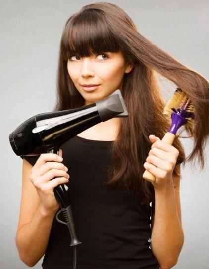 Piega perfetta come dal parrucchiere: 10 errori da evitare