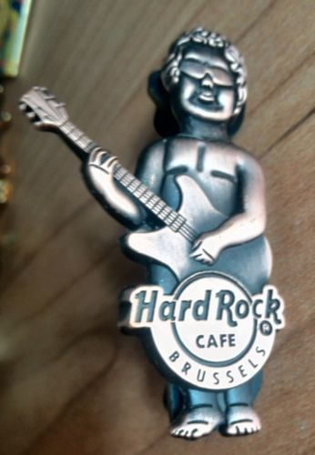 Brussels-Bronze-Hard-Rock-Cafe-PIN-Spilla