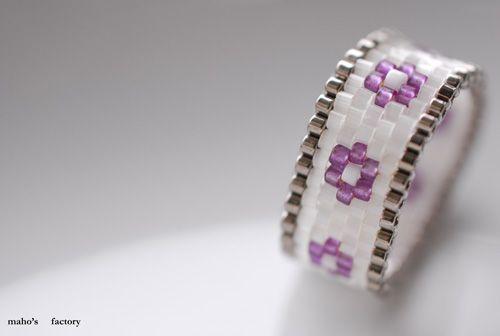 Maho's factory mahokochi.exblog.jp Peyote ring Beaded ring Beadwork Beadweaving Beading Peyote stitch ring