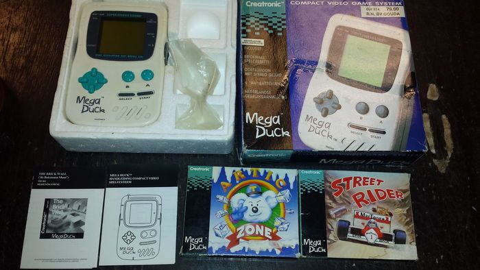 Online veilinghuis Catawiki: Creatronic Mega Duck console, complete in box, with 3 games