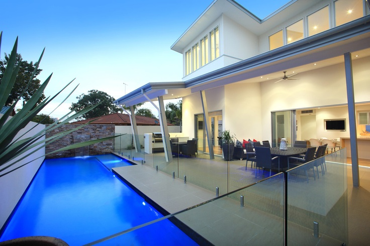 Mooloolaba House - contemporary - pool - brisbane - SBT Designs