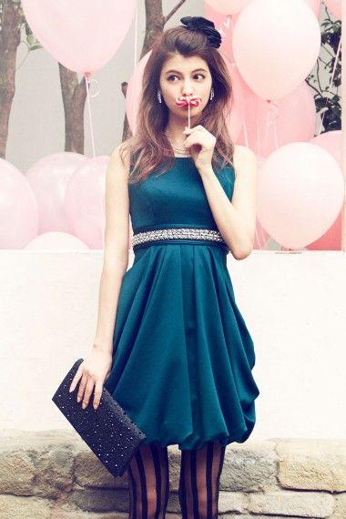 ビジューベルト付き・バルーンドレス - 「AIMER(エメ)公式通販サイト|パーティー・結婚式ドレスで人気」