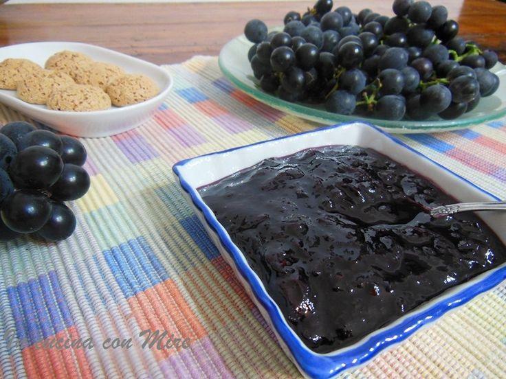 Confettura di uva fragola  http://blog.giallozafferano.it/incucinaconmire/confettura-di-uva-fragola/