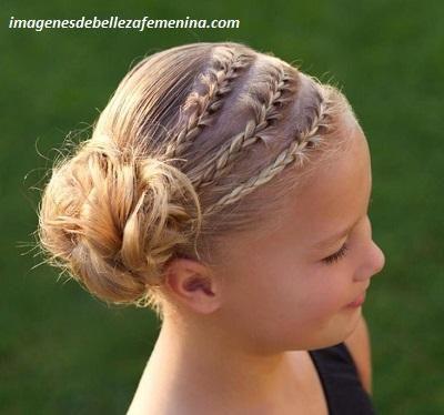 4 Bonitos Y Sencillos Peinados Para Nina Con Trenzas De Lado Paperblog Trenzas De Ninas Trenzas De Lado Peinados Para Ninas