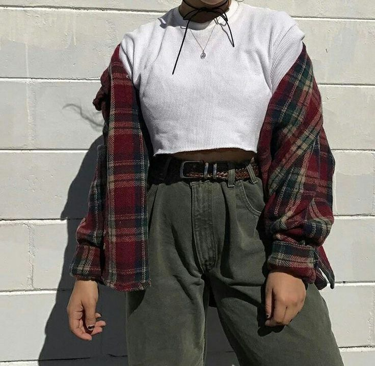 pinterest: @mylittlejourney | tumblr: @toxicangel | twitter: @stef_giordano | ig: @stefgphotography Leia agora os nossos artigos sobre música grunge em http://mundodemusicas.com/category/grunge/