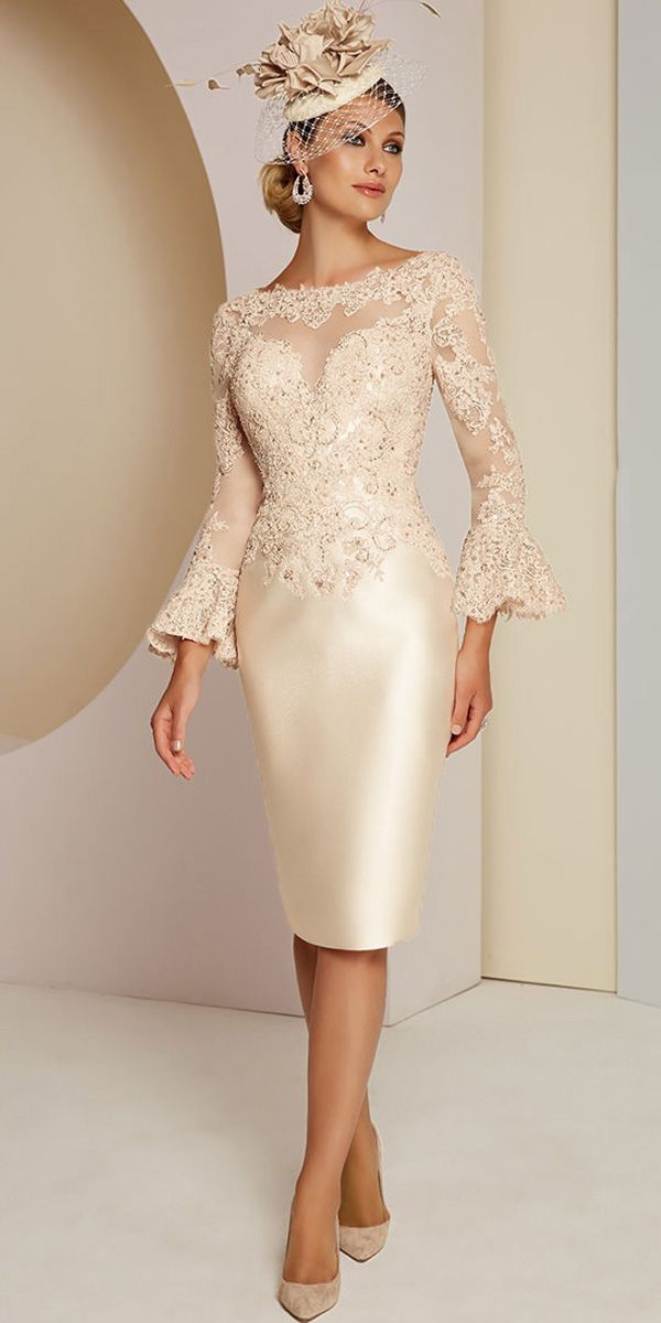 Gorgeous Tulle & Satin Bateau Neckline Sheath/Column Mother Of The Bride Dresses With Beaded Lace Applique