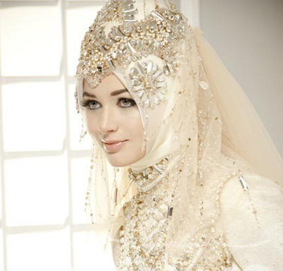 Wedding Gowns For Muslim Brides: 27 Best Images About White Dresses On Pinterest